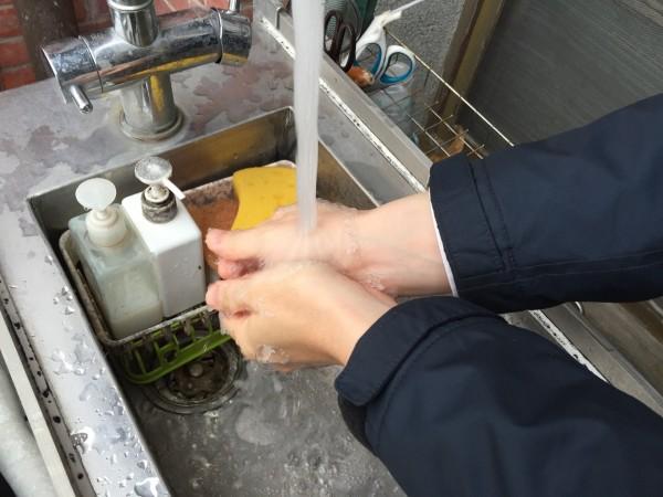 國內腸病毒、腸胃炎疫情逐漸升溫,新竹市衛生局今天進行宣導,提醒民眾除要落實洗手五步驟。(示意圖,記者王駿杰攝)