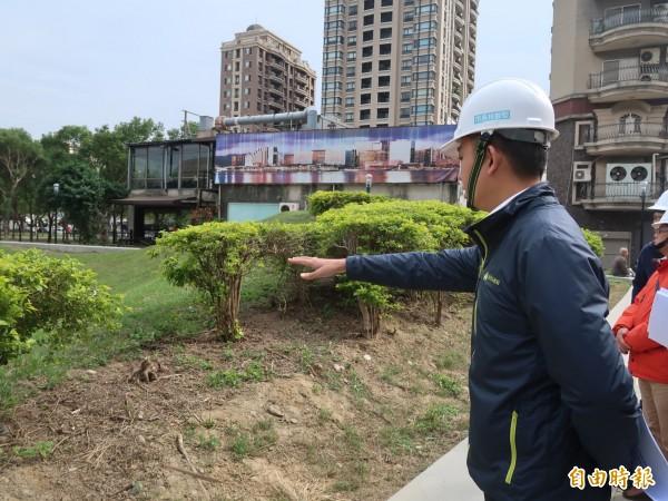 新竹市文化局周邊的文化綠廊環境景觀工程即將完工,市長林智堅前往視察。(記者洪美秀攝)