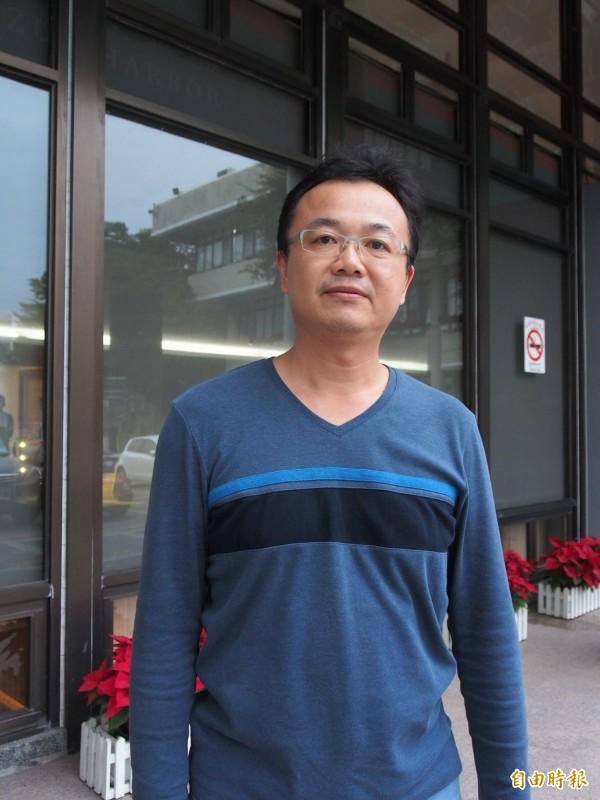 愛上台東的物理治療師林俊南,投入台東縣居家物理治療的行列。(記者王秀亭攝)