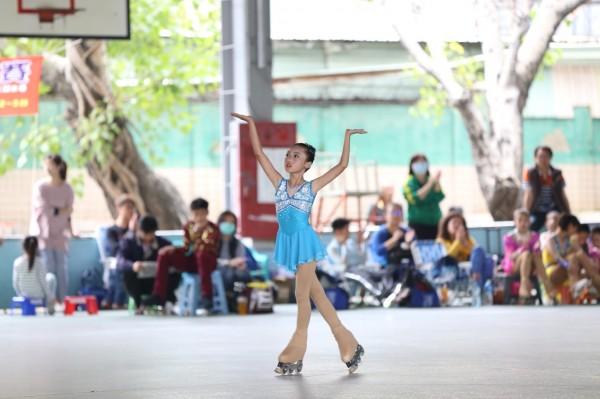 台南市大光國小花式溜冰隊在市長盃花式溜冰錦標賽獲得好成績。(大光國小提供)