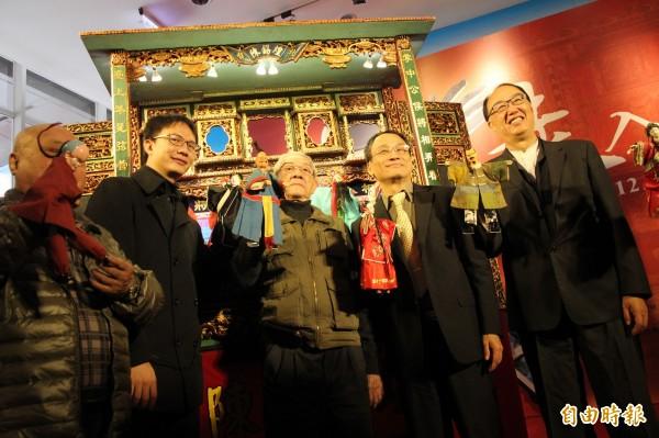 文資局推出結合傳統與科技的「走入布袋戲」展。(記者蘇孟娟攝)