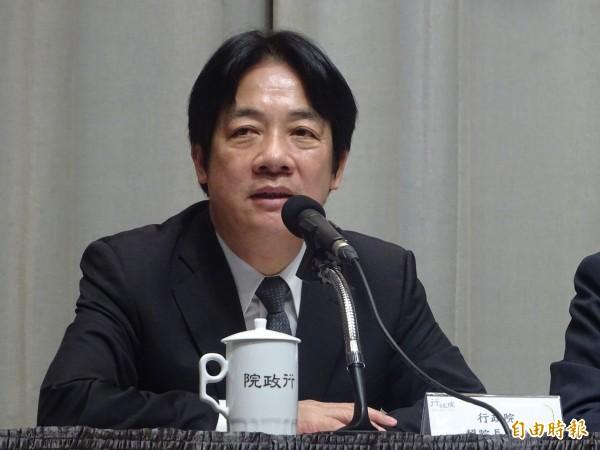 賴揆盼勞基法修法後讓台灣經濟大步發展。(資料照,記者李欣芳攝)
