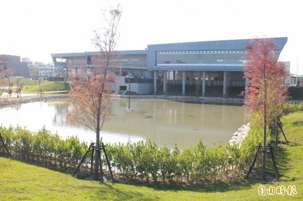 員林市過溝排水多功能調節滯洪池,能有效解決員林市區水患積水問題。(記者陳冠備攝)