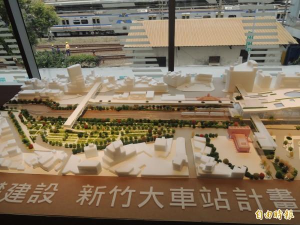 新竹市政府已啟動大車站跨站平台與新竹輕軌前瞻計劃的評估研究,年底會提送交通部審查。(記者洪美秀攝)
