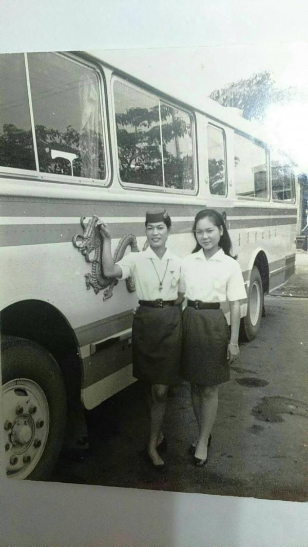 金馬小姐在當年地位媲美空姐,是許多民眾的美好記憶。(記者林欣漢翻攝)