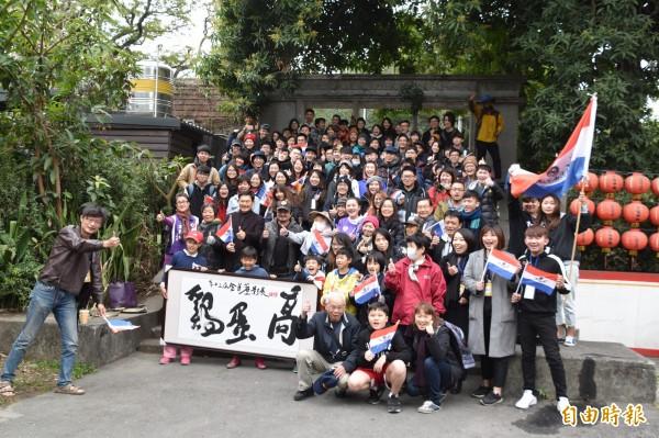 第13屆金甘蔗影展今天熱鬧開麥拉,共有120多位台灣、香港電影工作者參與。(記者蘇福男攝)