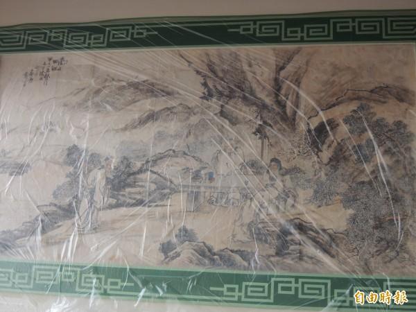 修復完成的潘春源壁畫,下層「商山四皓」重置回正殿。(記者劉婉君攝)