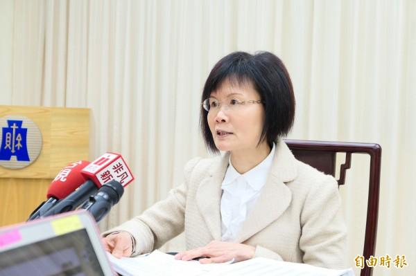 財政部統計處今日公布1月進出口統計,處長蔡美娜表示,1月出口273.8億美元,年增15.3%。(記者吳佳蓉攝)