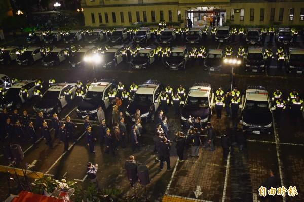 共有200多位警察與義警、憲兵與義交參與校閱。(記者張瑞楨攝)