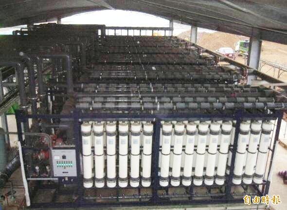 澎湖馬公海淡廠進行擴建工程,水公司力拚今年6月完工。(記者陳文嬋攝)