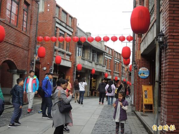 傳藝中心標榜是全國最有年味的地方。(記者江志雄攝)
