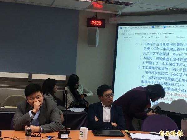 永傳能源董事長林鑫堉(左一)。(記者黃佩君攝)