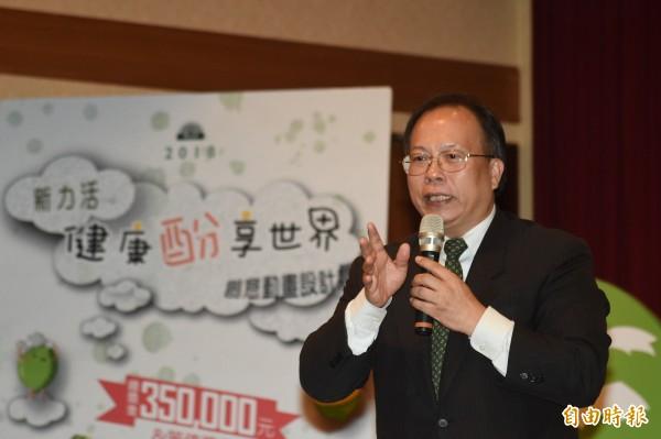 健茂生技許長祿總經理要讓台灣蔬果經由農業生物科技加工,行銷到全世界,,在國際舞台發光發熱。(記者張忠義攝)