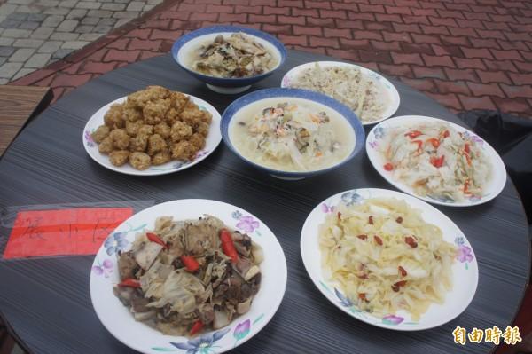 馬公烏崁社區推廣高麗菜,設計七道高麗菜風味餐。(記者劉禹慶攝)