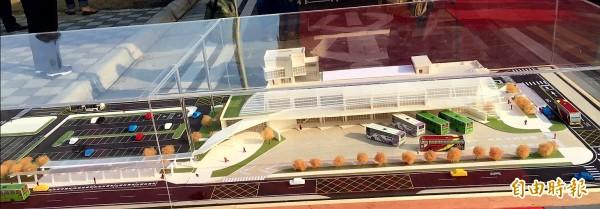 斥資1.3億新營綜合轉運站今日開工動土,預定明年3年完工。(記者王涵平攝)