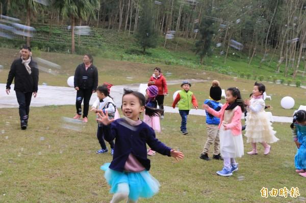 香格里拉樂園將於初三、初四推出「泡泡來襲」活動。(記者鄭名翔攝)