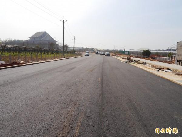 花博外埔聯外道路預計4月底完工。(記者張軒哲攝)