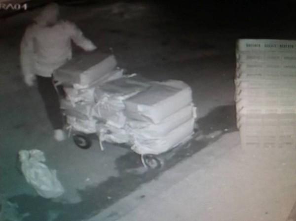 苗栗縣通霄警分局查獲薑粉竊案3名竊賊,將3人移送法辦。(圖由警方提供)