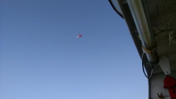 澎湖海巡隊也通報國家搜救中心,派出一架空偵隊直升機搜索。(澎湖海巡隊提供)