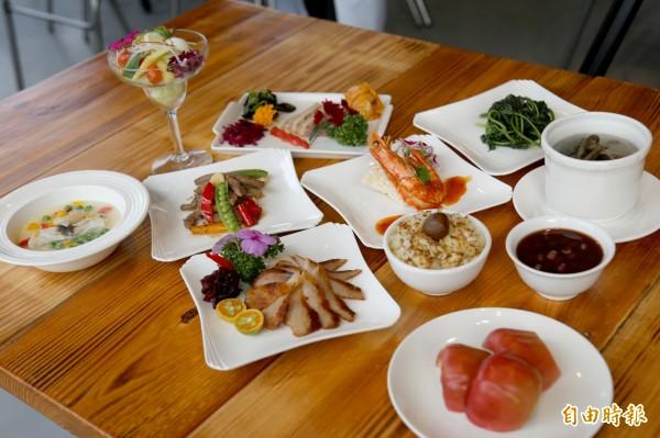 除了挑選當地的時令食材做菜,連擺盤也特別花心思,在品嚐美食之餘讓視覺得到滿足。(記者邱芷柔攝)