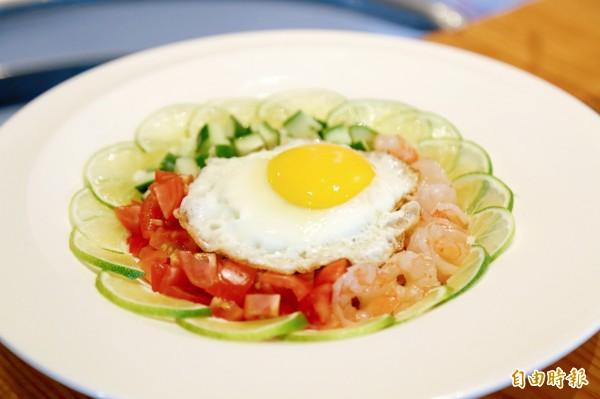 隱藏版「太陽炒飯」復刻了五星級飯店名菜,必須事先預約才能吃得到。(記者邱芷柔攝)