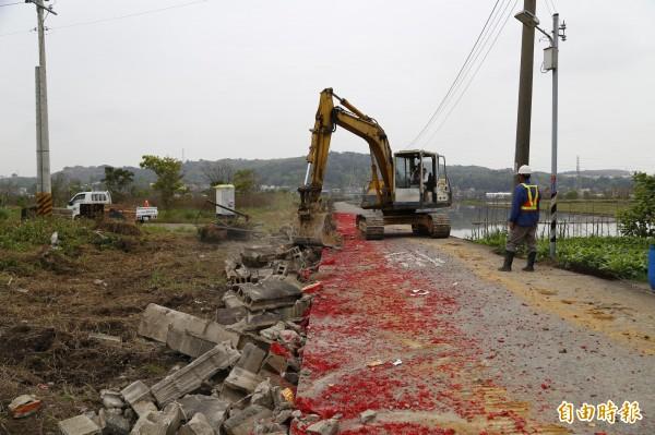 苗栗市福安鐵路地下道聯絡道拓寬,工程總經費656萬元,將拓寬為8米道。(記者彭健禮攝)