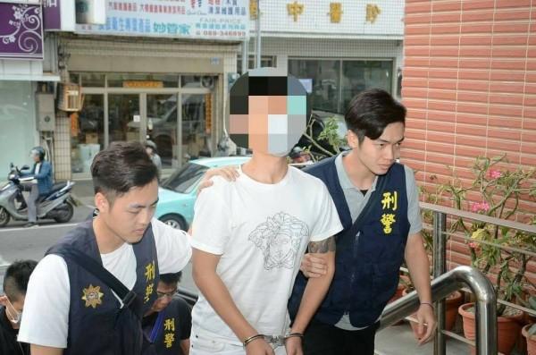 台東警分局破獲週拋式詐騙車手集團。(記者王秀亭翻攝)