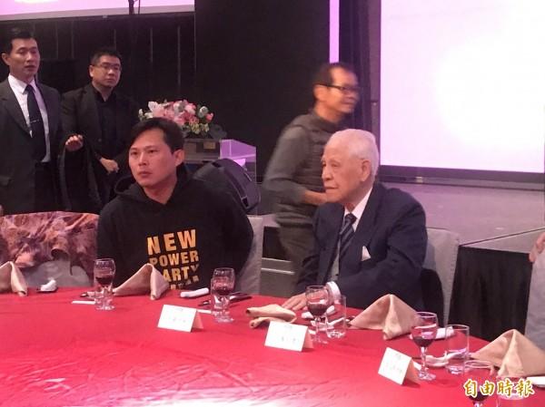 李登輝今天出席「台灣之友會」2018年新春聯誼餐會。(記者蘇芳禾攝)