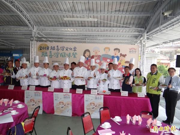今年台南市南區鯤喜灣文化季風味餐一推出就引來踴躍訂桌。(記者王俊忠攝)