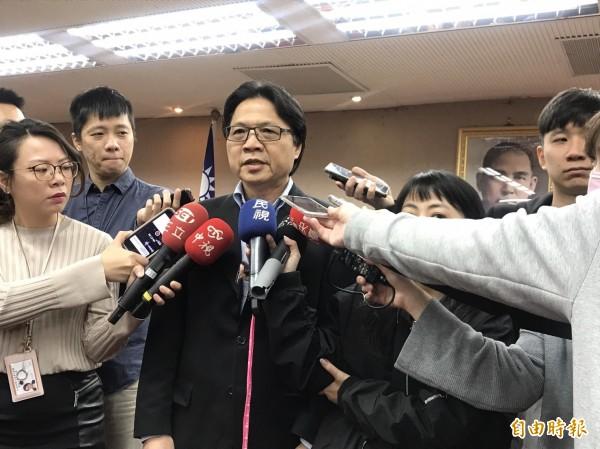 內政部長葉俊榮於立法院受訪。(記者蘇芳禾攝)