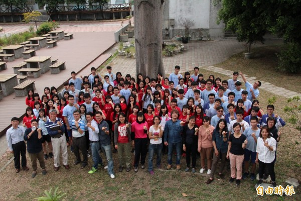 左營高中繁星錄取99人,南部錄取人數最多。(記者黃旭磊攝)