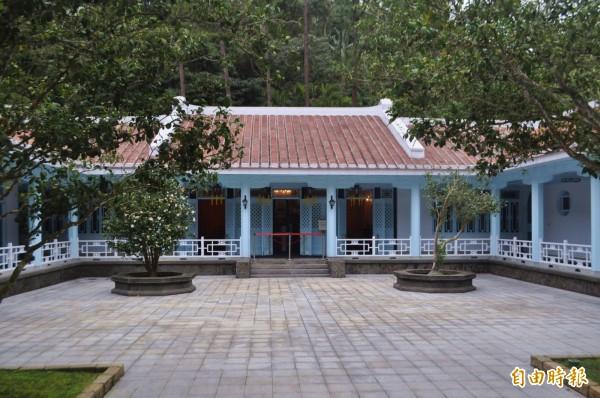 大溪慈湖陵寢預計5月開放,已完成修復的靈櫬不能任意進入、改推實境導覽取代。(記者李容萍攝)