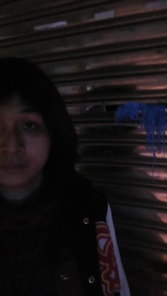 王浩宇服務處繼被反年金改革團體潑漆後,又被跨性別工作者噴彩帶。(擷自吳馨恩臉書)