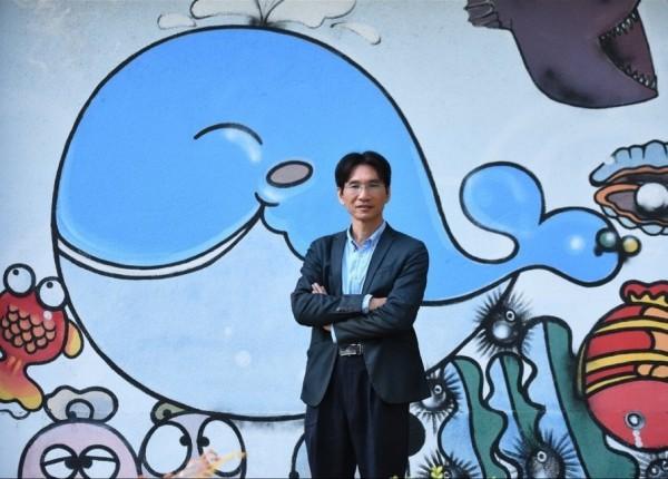 台西國小校長戴進隆宣布參選台西鄉長。(記者林國賢翻攝)