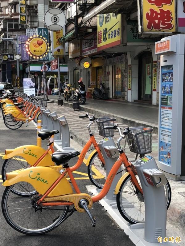新北市目前已經有465個Youbike站點。(記者邱書昱攝)