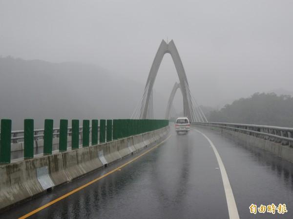 蘇花改蘇澳到東澳段的白米景觀橋。(資料照,記者江志雄攝)