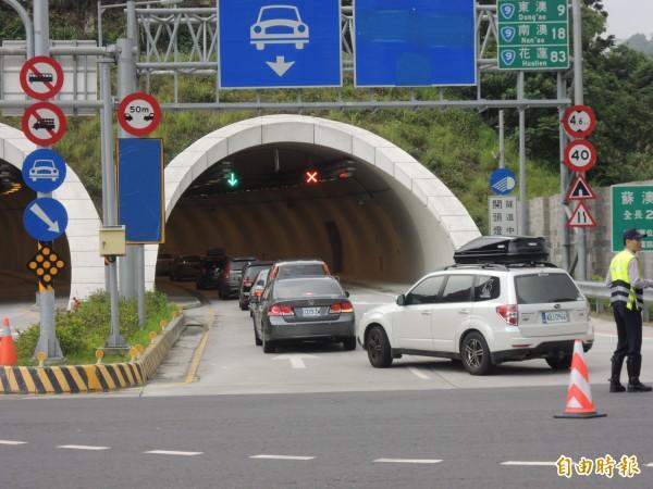 蘇花改可望在5月5日開放大客車行駛,大客車車距設定100公尺,圖為北端出入口蘇澳隧道。(資料照,記者江志雄攝)