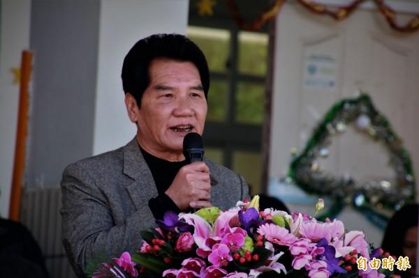 梅山鄉公所秘書林俊謀參加民進黨梅山鄉長初選登記。(資料照)