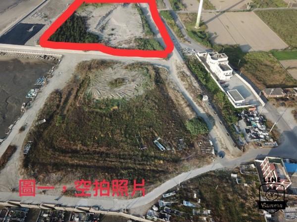 農業局拿出空照圖表示,紅框部分的植樹區,左下角的樹木皆全數保留,並未砍除。(圖由農業局提供)