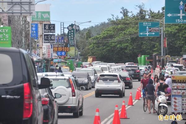 墾丁地區不再總是人車滿滿。圖為資料畫面。(記者蔡宗憲攝)