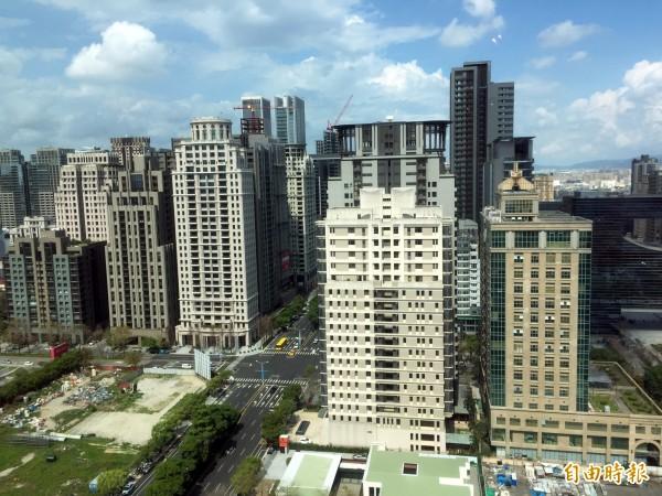 台中市將放寬都市計畫容積移轉接受基地條件。(記者張菁雅攝)