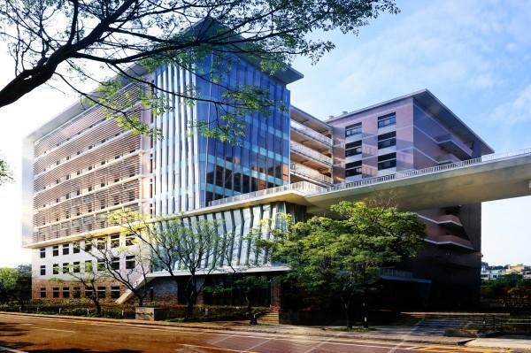 清華實驗室為地上9層、地下1層建物,位於清華大學、竹科、工研院的樞紐位置。(清大提供)