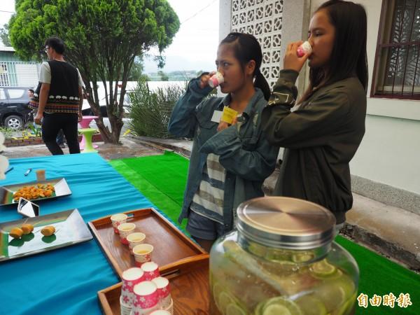 延平鄉在地農產、加工品未來可在瑪夏兒原鄉農產中心買得到。(記者王秀亭攝)