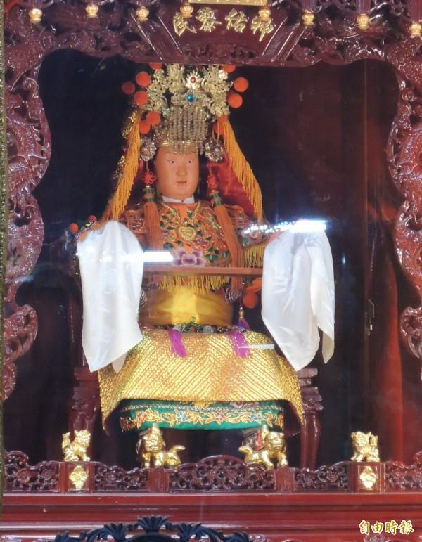 通霄鎮拱天宮白沙屯媽祖,南下徒步進香成為全國知名宗教盛事。(記者張勳騰攝)