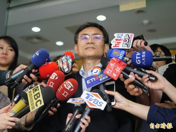 中華電信行銷處副總林文智今天出面說明。(記者簡惠茹攝)