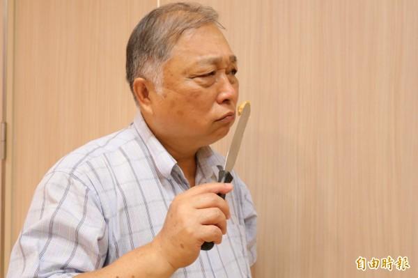 網路流傳「聞花生醬可檢測是否罹患失智症」,醫師提醒嗅覺喪失原因很多種,民眾不要自己嚇自己。(記者陳建志攝)