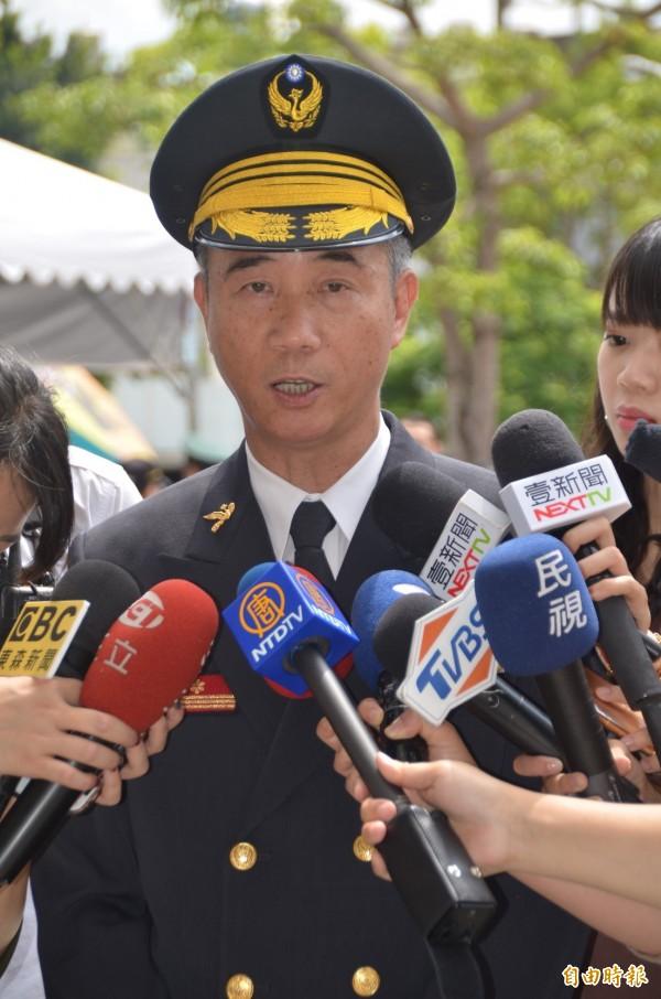 敬鵬工業大火原因,消防局代理局長龍榮森表示,不排除管道間積碳所致。(記者鄭淑婷攝)