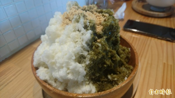 日式風味的抹茶混奶冰。(記者劉婉君攝)