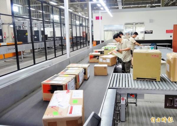 根據中華經濟研究院最新調查,五月製造業採購經理人指數(PMI)連續第26個月處於「擴張期」(記者王孟倫攝)