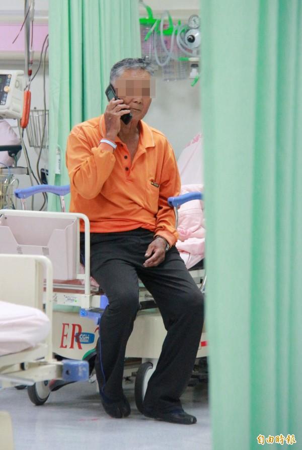 蚵車司機李海閂表示,打檔熄火,踩後煞車失效,才發生意外,對學生感到抱歉。(記者陳冠備攝)